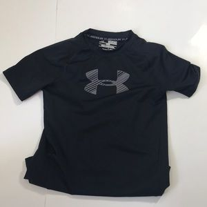 A bundle of 4 Kids Shirt/hoodies,sweat shirts